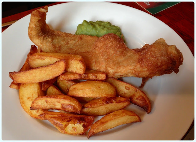 The Farmer's Arms, Bolton - Fish n chips