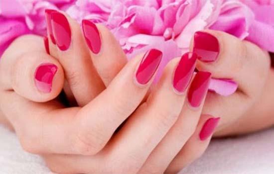 7 Cara Lembutkan Tapak Tangan Wanita