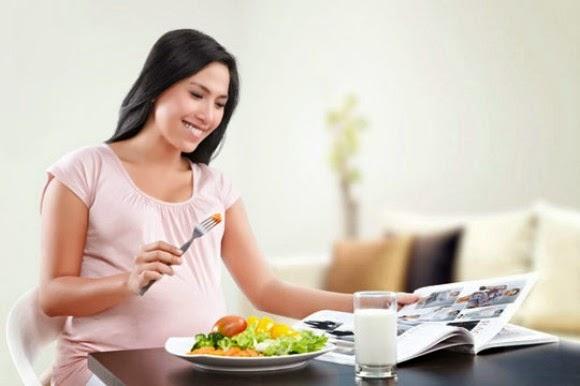 Makanan Yang Harus Dihindari Saat Hamil