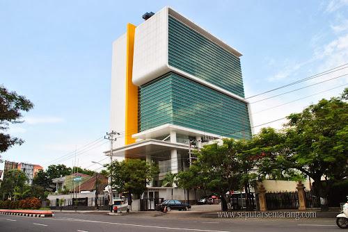 Foto Menara Bank Mega Semarang Pandanaran