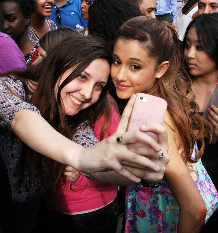 Ariana Grande Greets Fans Outside of her Hotel in Toronto