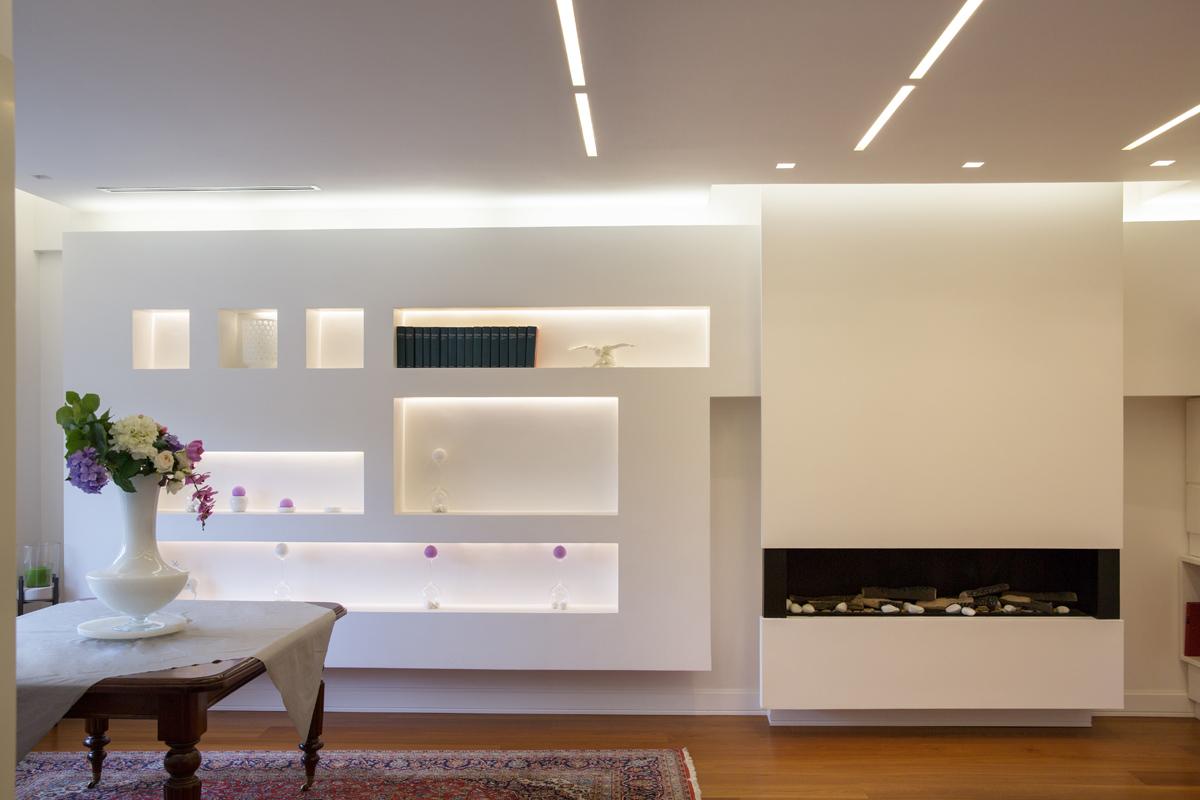 Falegnameria stefano antonacci il bianco e la luce for Nicchie nelle pareti