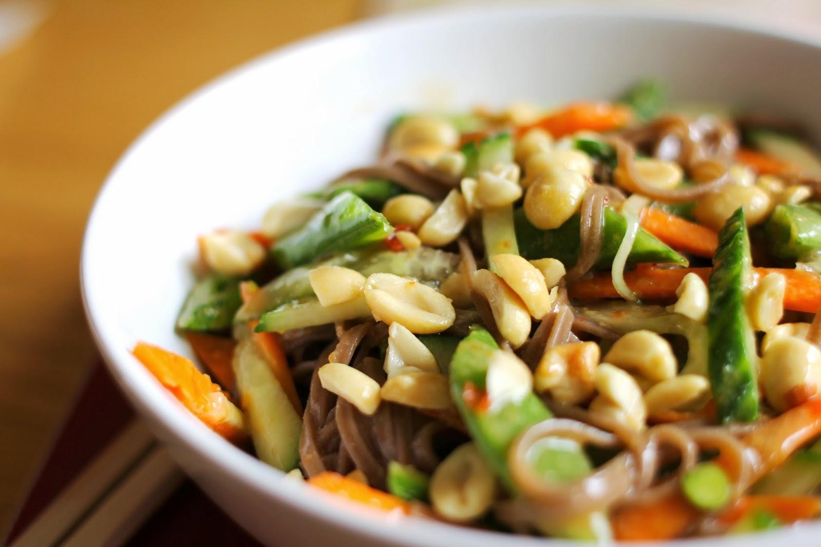 mamacook: Soba Noodle Salad