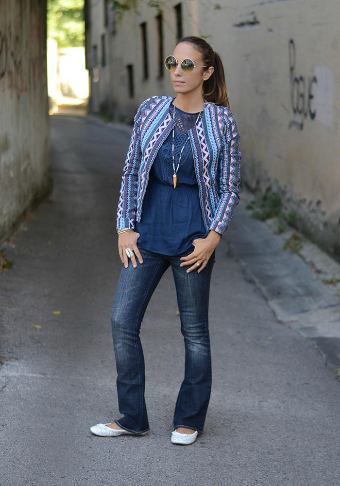 look con jeans zampa elefante