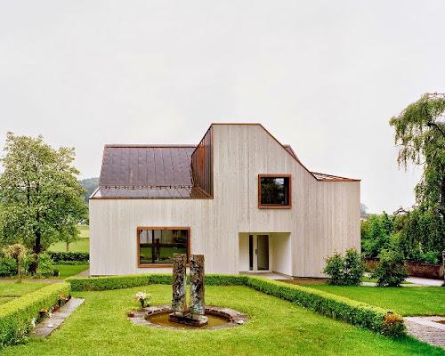Neubau Kirchgemeindehaus by Menzi Bürgler Architekten