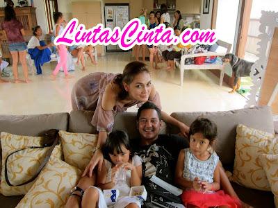 Foto Luna Maya dengan Reza Prawiro
