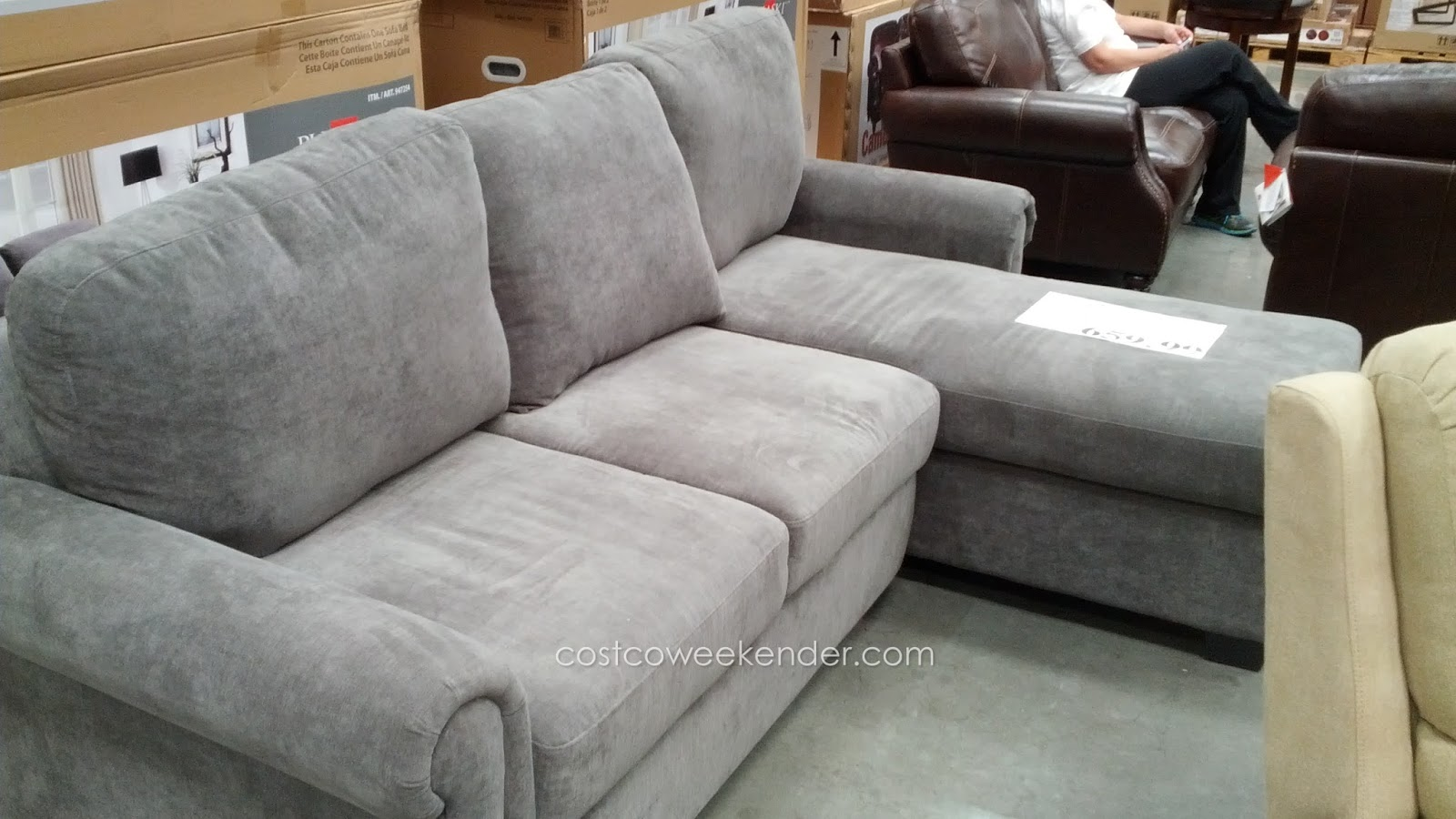 Pulaski newton convertible chaise sofa costco weekender for Chaise lounge costco