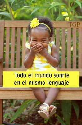 Todo el mundo sonríe en el mismo lenguaje
