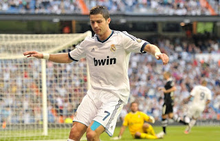 Cristiano+Ronaldo+Real+Madrid+CF+v+Granada+OmYp7qA54UWl صور كريستيانو رونالدو مباراة غرناطة الدوري 2012/2013 2 سبتمبر 2012