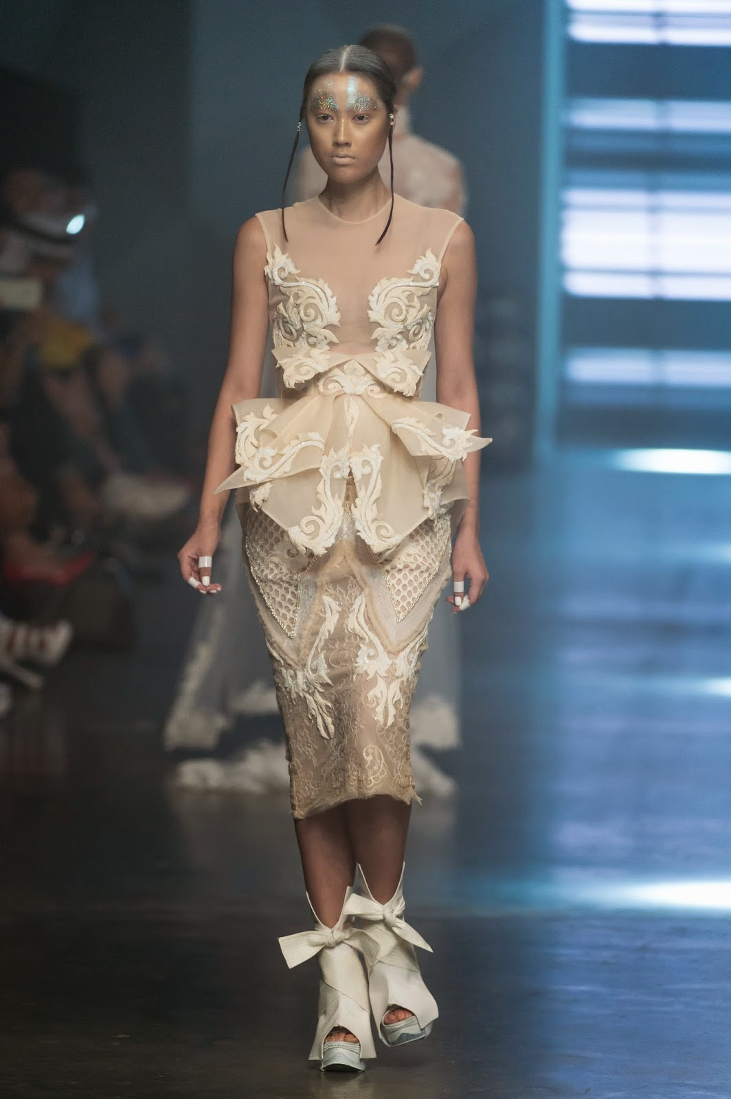 Amato spring summer 2015, furne amato, amato by furne one, furne amato spring summer, amato ss15, Amato, Amato haute couture, fashion week,  Art Hearts Fashion, Mercedes Benz Fashion Week 2014, du dessin aux podiums, dudessinauxpodiums, vintage look, dress to impress, dress for less, boho, unique vintage, alloy clothing, venus clothing, la moda, spring trends, tendance, tendance de mode, blog de mode, fashion blog,  blog mode, mode paris, paris mode, fashion news, designer, fashion designer, moda in pelle, ross dress for less, fashion magazines, fashion blogs, mode a toi, revista de moda, vintage, vintage definition, vintage retro, top fashion, suits online, blog de moda, blog moda, ropa, asos dresses, blogs de moda, dresses, tunique femme, vetements femmes, fashion tops, womens fashions, vetement tendance, fashion dresses, ladies clothes, robes de soiree, robe bustier, robe sexy, sexy dress, amato by furne one haute couture, amato by furne one spring summer, dubai fashion, fashion forward, MBFW, amato fragrance