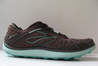 Good womens running shoes for flat feet