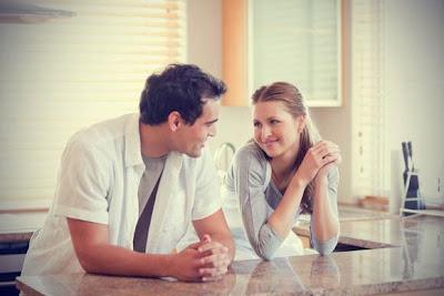 كيف تصل الى قلب امرأة انت معجب بها - حبيبان رومانسيان - romantic lovers