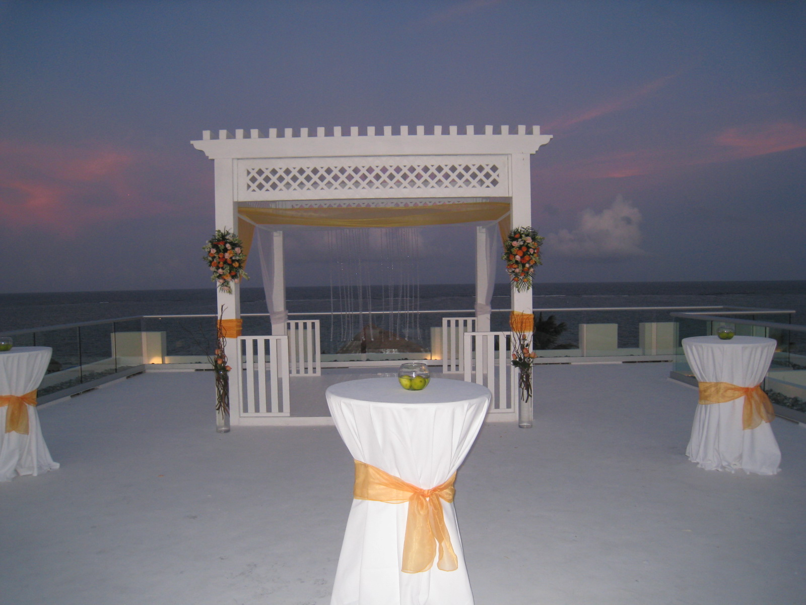 The wedding guru caribbean destination weddings for Top caribbean wedding destinations