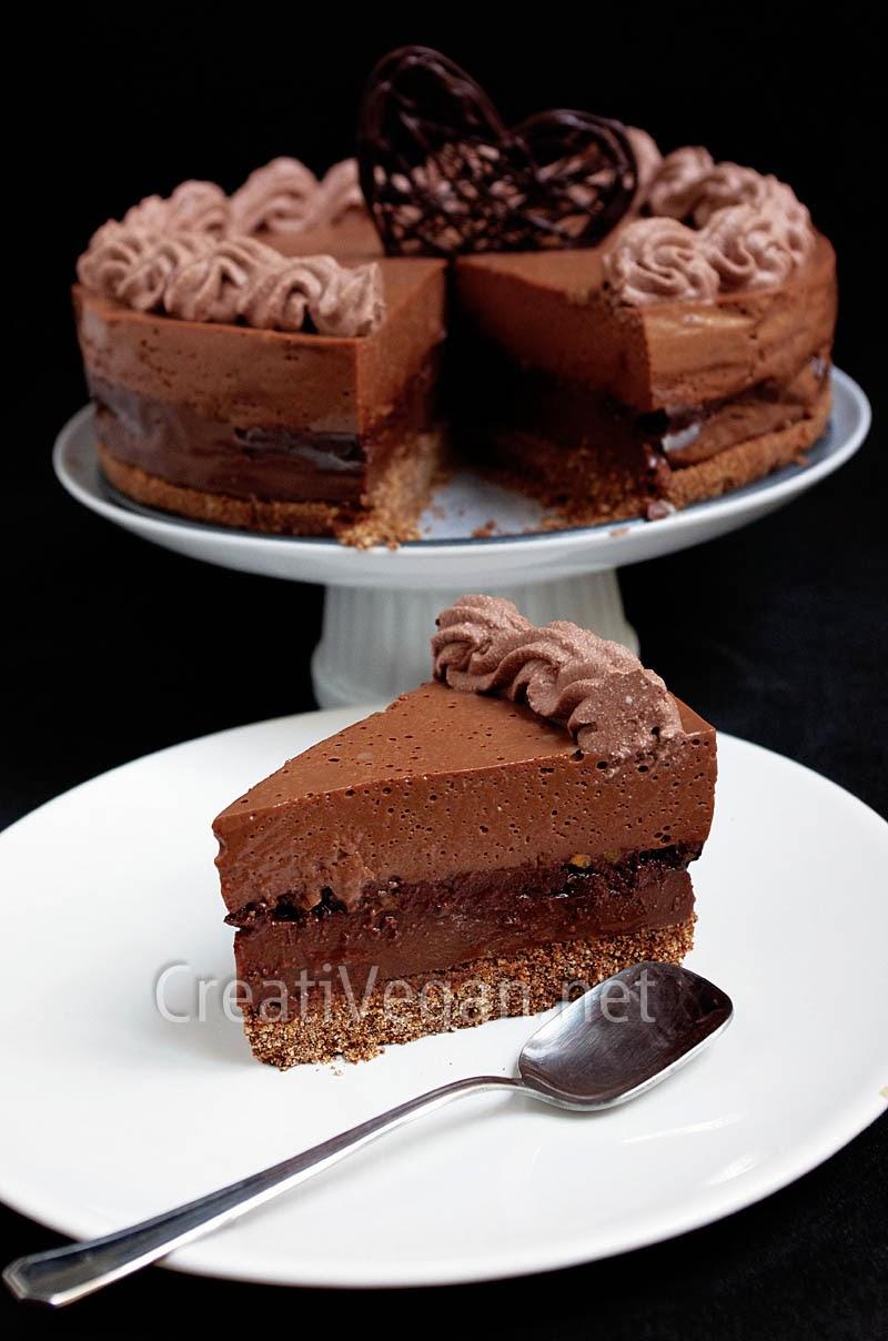 tarta chocolates de creativegan sin huevo ni leche contiene gluten contiene frutos secos que se pueden omitir