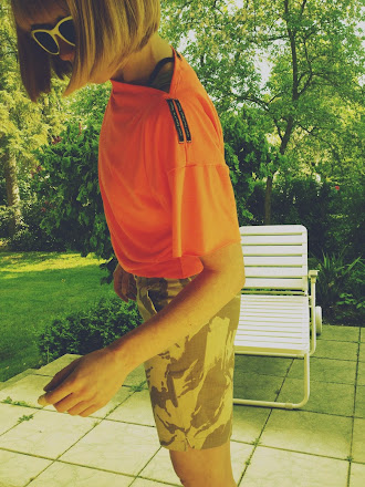 t-shirt neonorange
