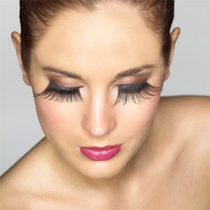 f6cef74dfdc Anyone Who Has Ever Paid For Eyelash Extensions