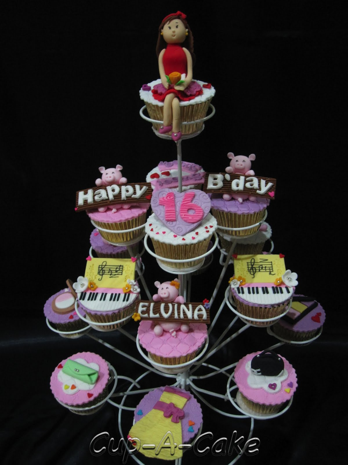 Cupcake Decorating Ideas For Sweet 16 : Cup-A-Cake: Sweet 16 Cupcake Tier