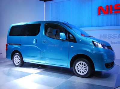 Nissan Evalia Review price in India.