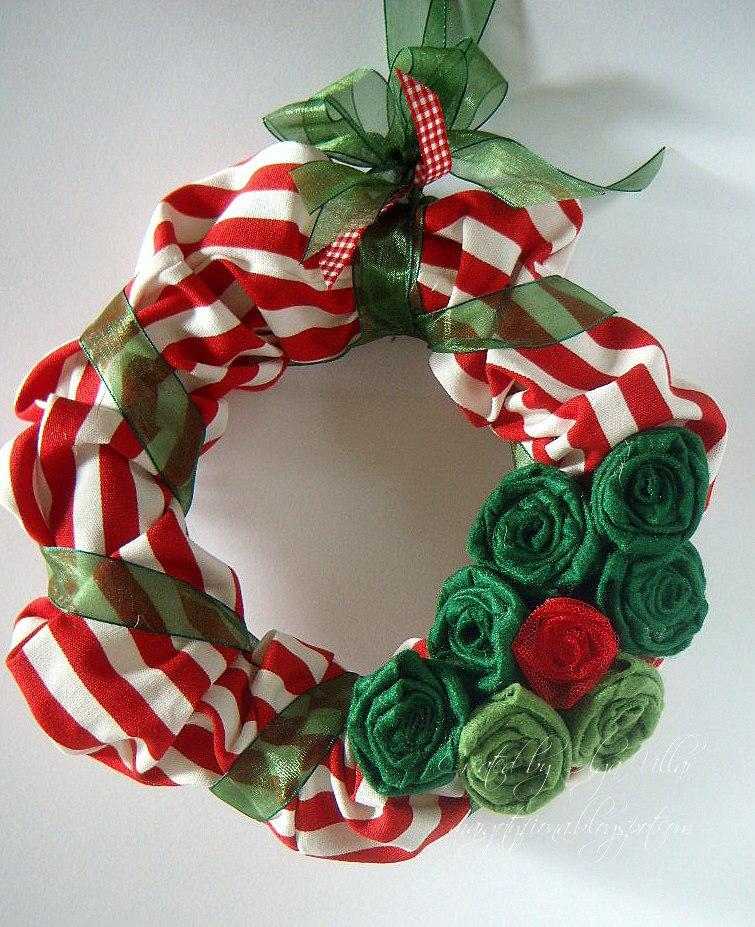 comenzamos la epoca navidea con coronas de navidad