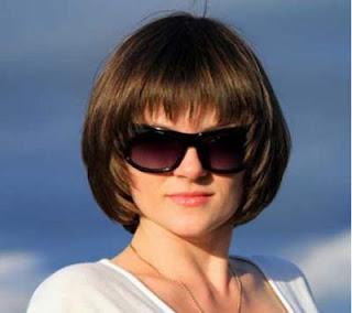 model potongan rambut pendek wanita wajah bulat blunt bob