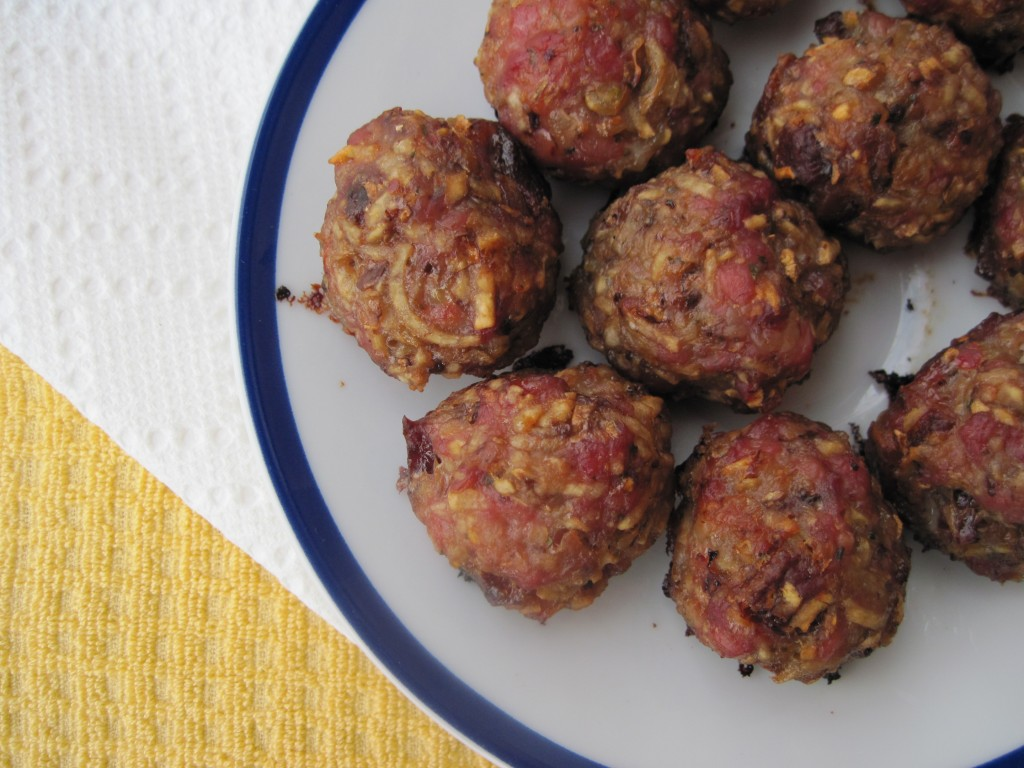 27 breakfast bacon maple meatballs from paleomg breakfast sausage ...