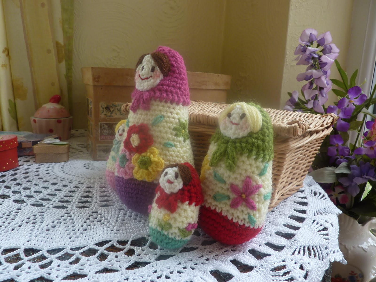 Yellow, Pink and Sparkly: Russian Dolls
