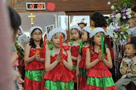 Perayaan Natal MKK - 25 Desember 2013 - Misa SBI 10.00