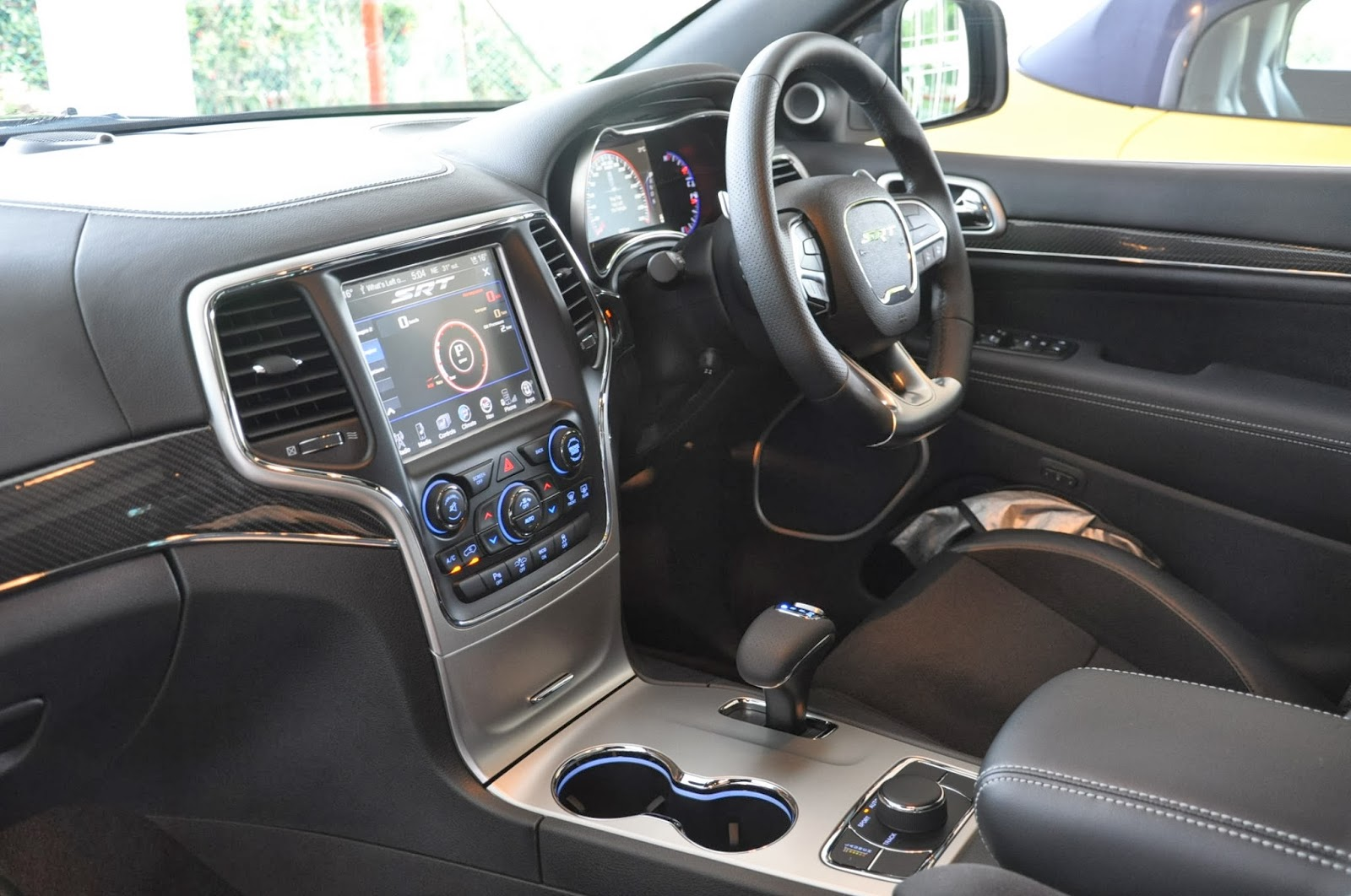 Brunei My Fifth Ride 2014 Jeep Grand Cherokee Srt Interior