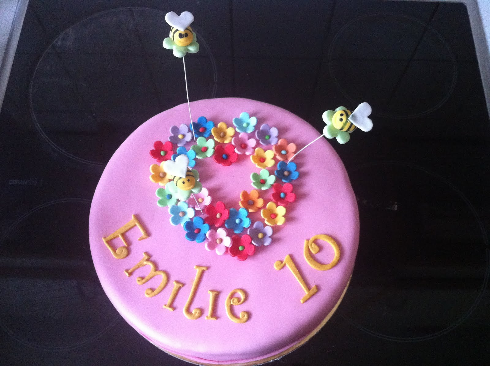 Hollys Cakes Emilie A Proud 10 Year Old