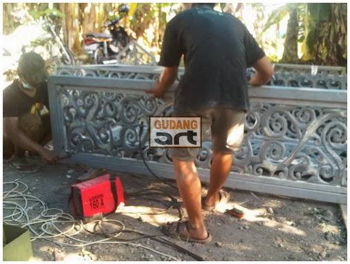 Replika Cogan Pusaka Kerajaan Riau - Lingga
