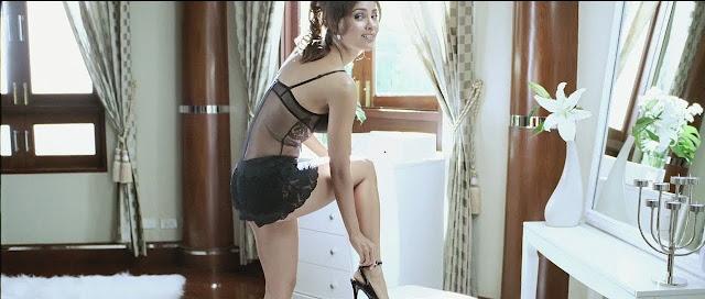 Lara Dutta hot in Blue