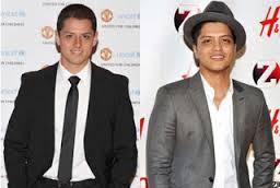 Javier 'Chicharito' Hernandez - Bruno Mars