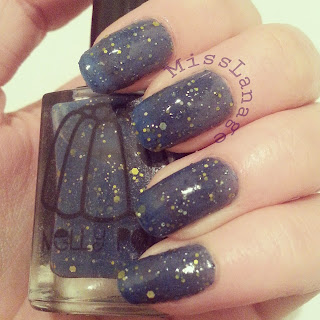 nelly-polish-bodmin-swatch-nails