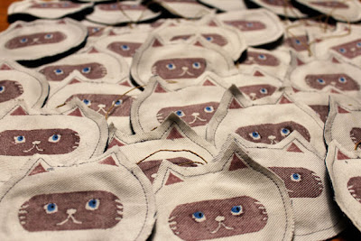 cat-tag-01