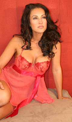 america-olivo-sexy-lingerie-pictures