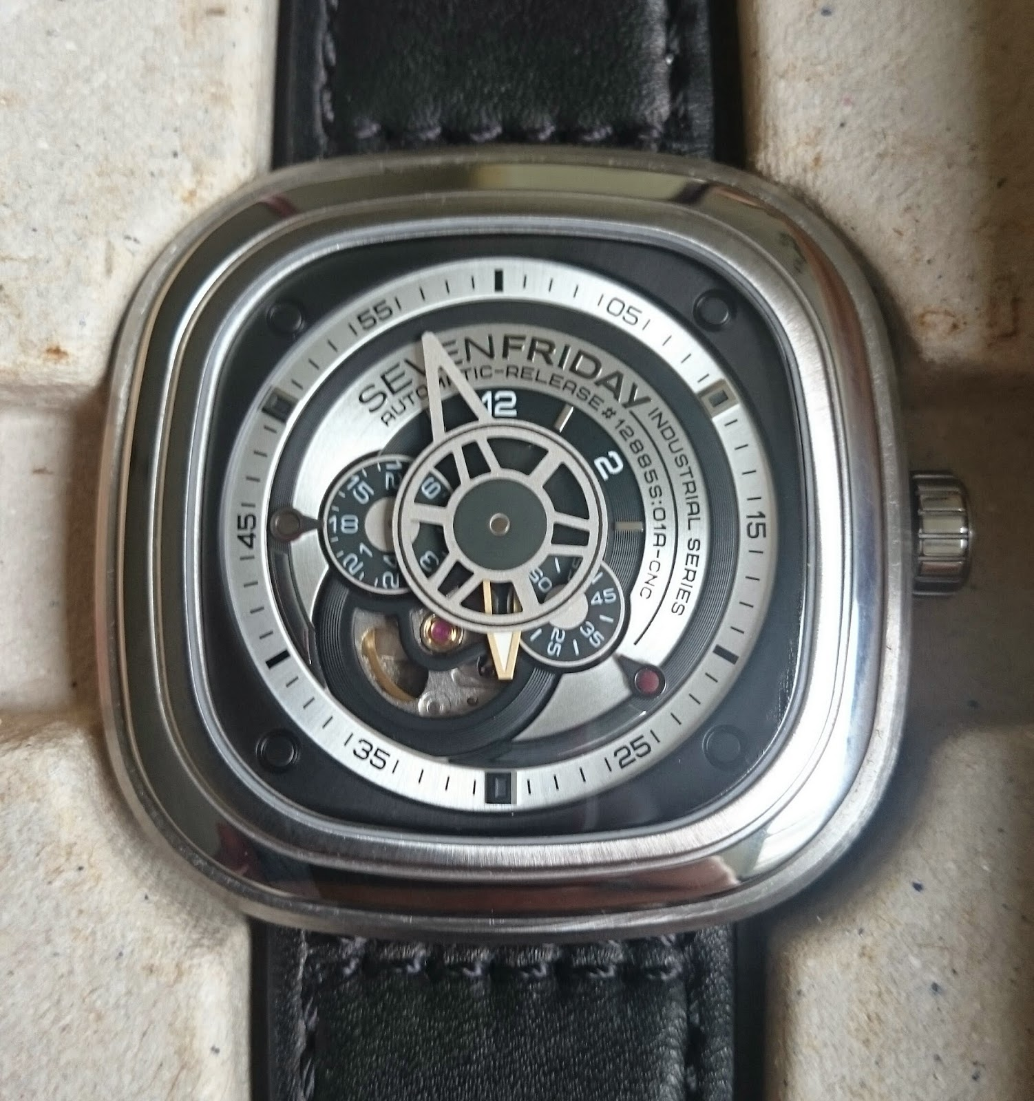 [SOLD] PREOWNED SEVENFRIDAY P1 B