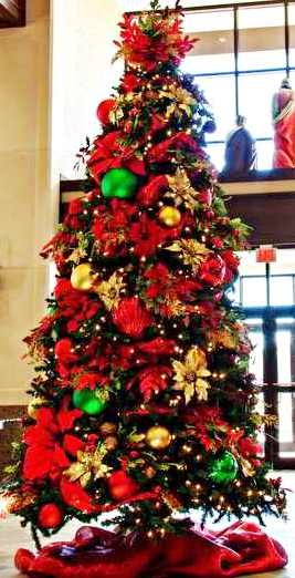 decoracao arvore de natal vermelha:Decoração de natal: 25 modelos lindíssimos de árvores de natal