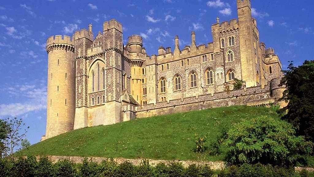 Arundel: casa de referência da família dos duques de Norfolk, Inglaterra.