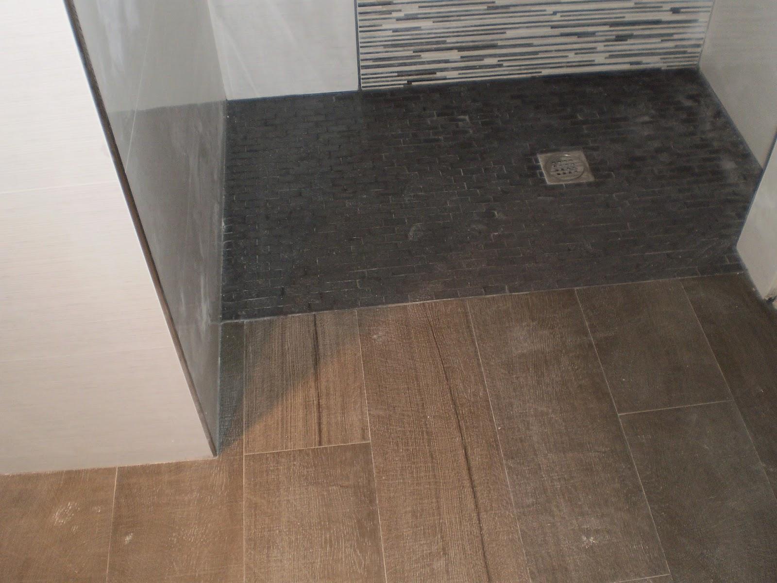 Construcciones y reformas tom s s m reforma de for Muebles para dentro ducha