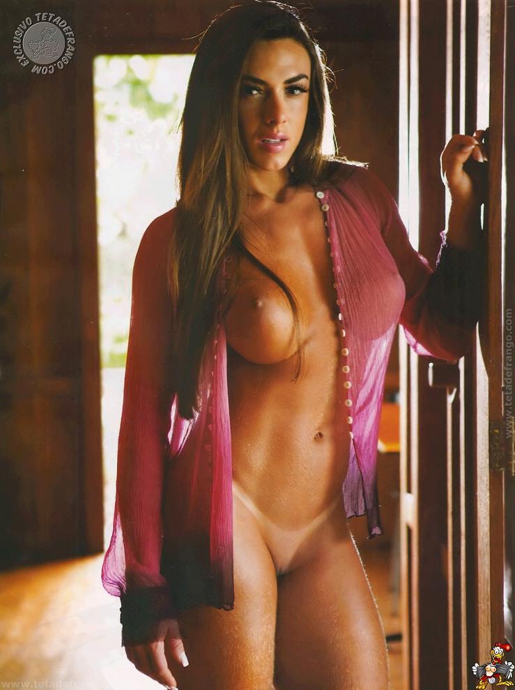 Juju Babi E Nicole Sem Nada Em Ensaio Especial Para A Playboy