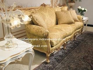 sofa klasik goldleaf classic ukir jepara,sofa klasik jepara Mebel furniture klasik jepara jual set sofa tamu ukir sofa tamu jati sofa tamu antik sofa jepara sofa tamu duco jepara furniture jati klasik jepara SFTM-33073
