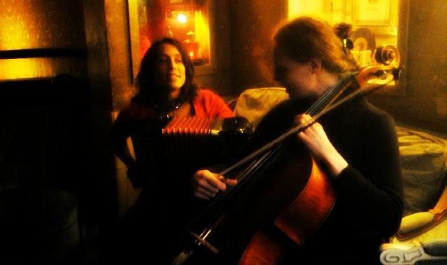 Yoanna en session acoustique