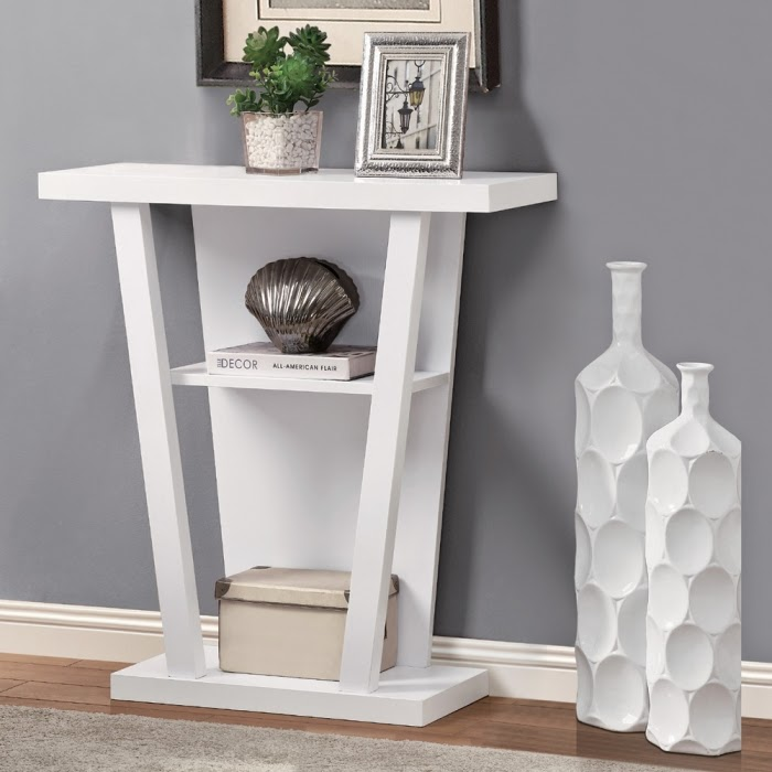 conseils d co et relooking 10 tables consoles blanches pour les couloirs. Black Bedroom Furniture Sets. Home Design Ideas