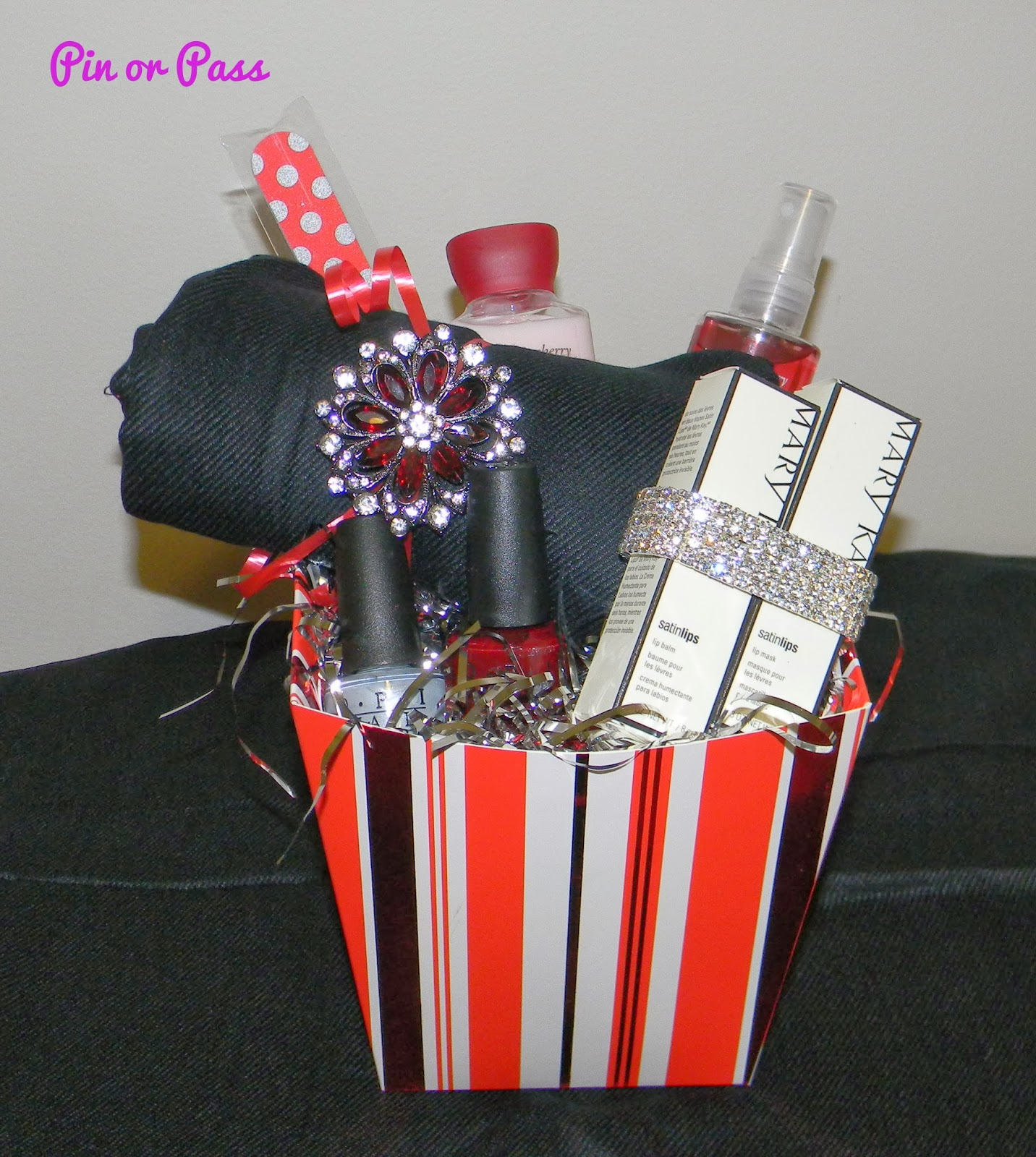 Pin or Pass: A Holiday Gift Basket Idea Inspired by Pinterest
