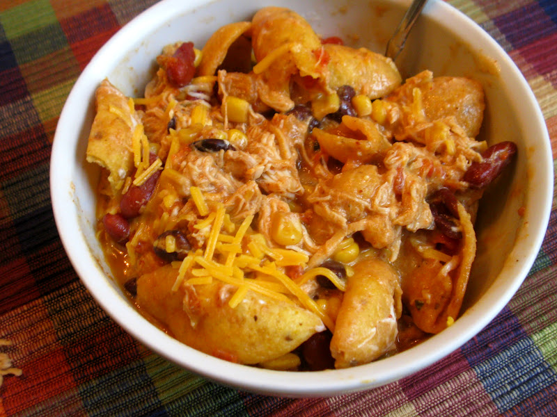 lovely in pink: Crock Pot Chicken Taco Chili