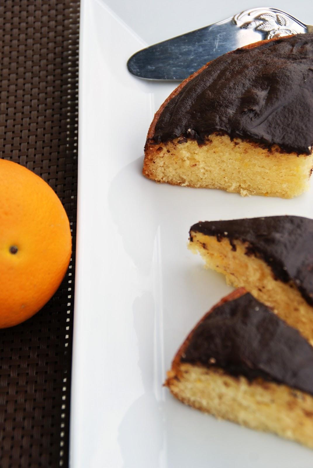 Totally Veg!: Soft Cake Kuchen - Orangenkuchen mit Schokoguss