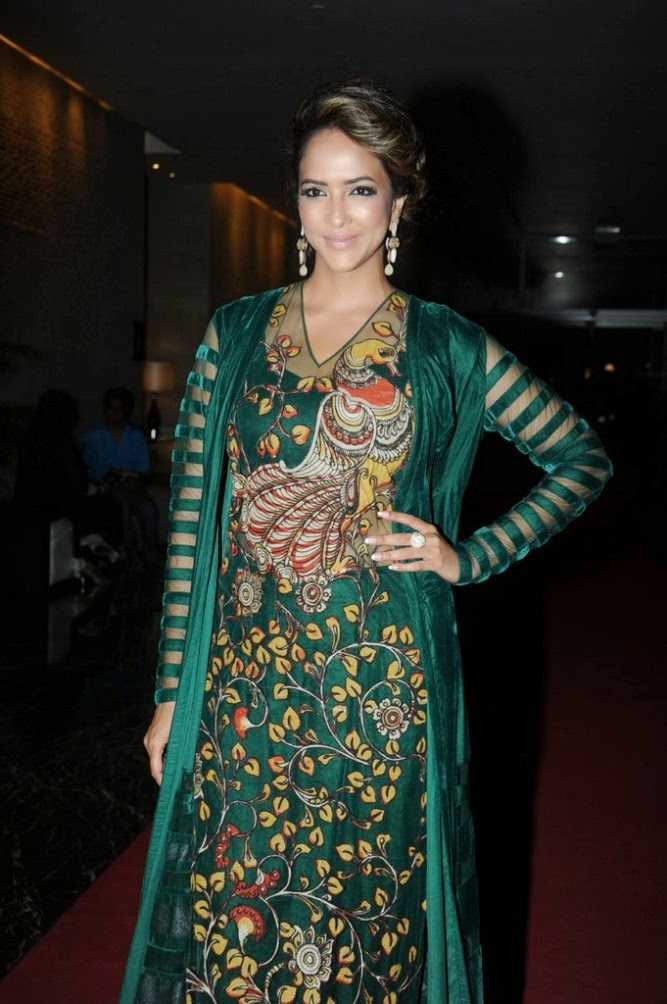 Manchu Lakshmi in chudidhar dress photos