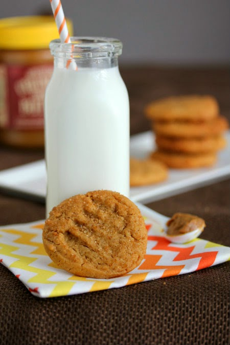 Mrs. Regueiro's Plate: Honey Cookie Butter Cookies