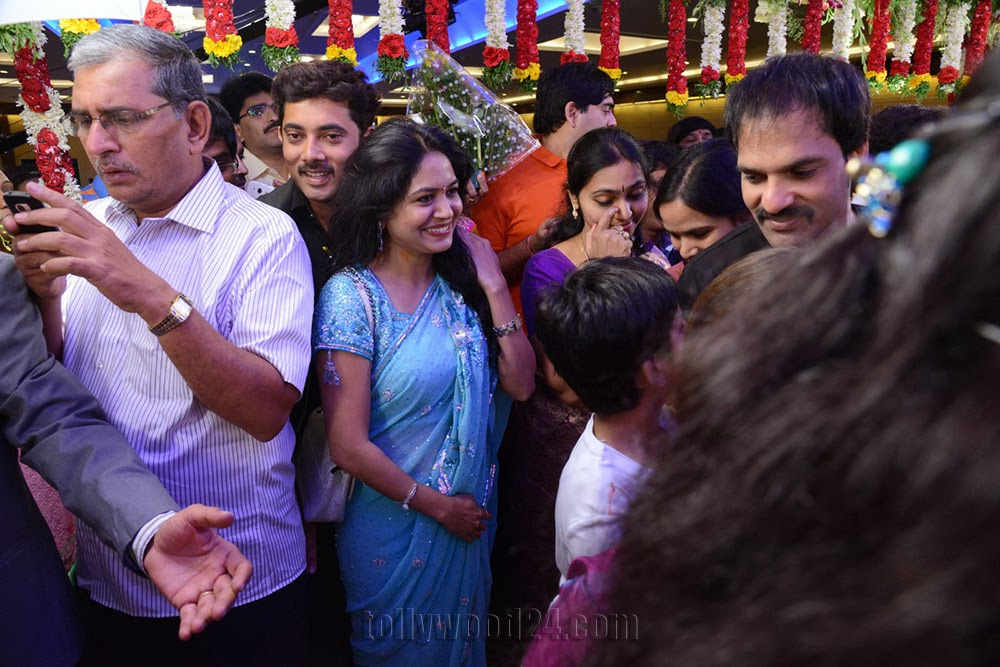 Nandu Geetha Madhuri Marriage Photos Wedding stills-HQ-Photo-20