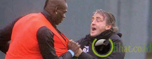 Mario Balotelli vs Roberto Mancini